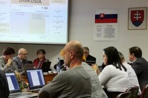 Levočskí poslanci prijali uznesenie týkajúce sa smradu v meste.