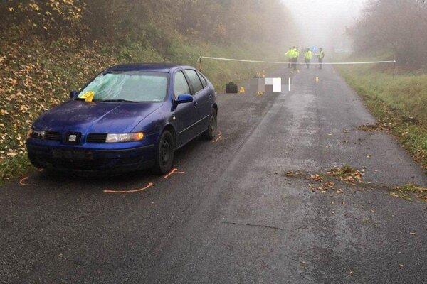 Príčinu nehody začala na mieste vyšetrovať polícia.