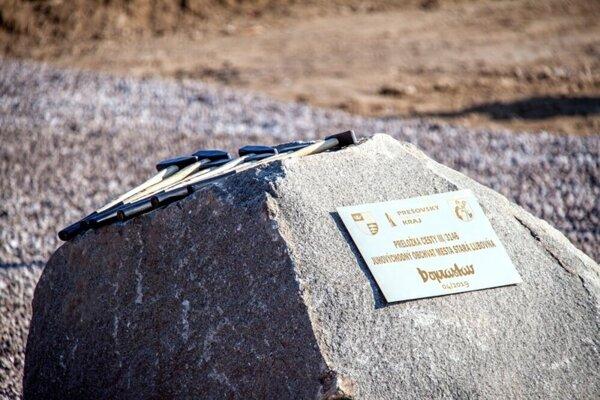 Od poklepania základného kameňa po odovzdanie stavby prešlo sedem mesiacov.