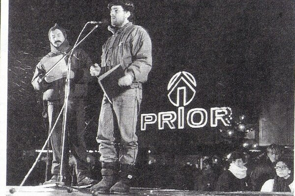 Cez víkend si pripomenieme 30. výročie Nežnej revolúcie.