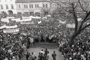 Košice v novembri 1989.