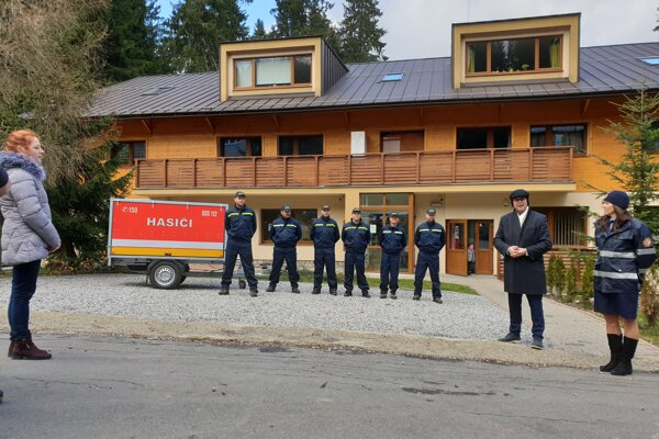 Hasiči z Demänovskej doliny dostali protipovodňový vozík.