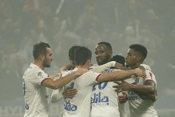 Radosť hráčov Olympique Lyon.