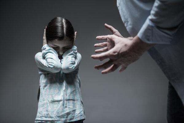 Deti majú najviac problém s identifikáciou násilia a s požiadaním o pomoc, keď sa na dieťati násilie pácha.