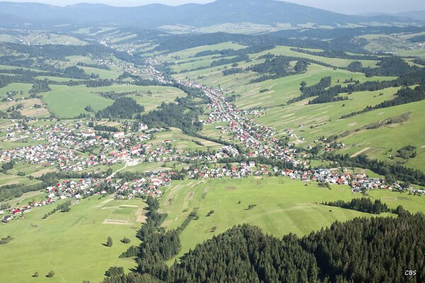 Zákamenné je najpočetnejšia dedina Oravy, žije v nej viac ako 5300 obyvateľov.