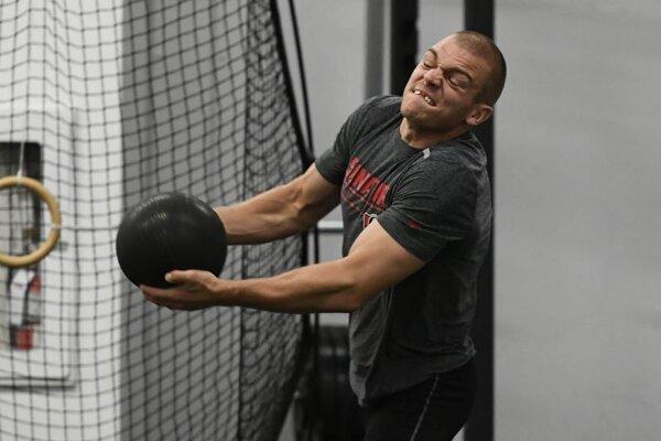 Mark Borowiecki v priebehu tréningu.