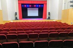 Vynovená sála je od začiatku decembra oficiálne otvorená.