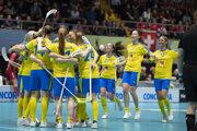 Švédske florbalistky oslavujú titul majsteriek sveta.