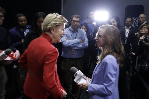 Elisabeth Warrenová na predvolebnej diskusii.