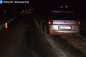 Vážna nehoda - vodič zrazil chodca bez reflexných prvkov.