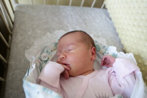 Diana Rašičová (3900 g, 52 cm) sa narodila 24. decembra Lucii a Erikovi z Kostolnej-Záriečia.