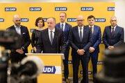 Spasia opozičné strany slovenské zdravotníctvo?