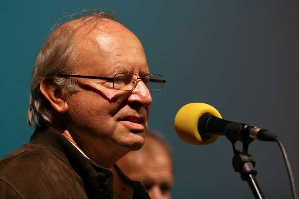 Ivan Passer s ocenením Český lev v roku 2007.