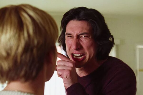 Adam Driver vo filme Marriage Story.