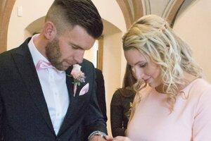 Igor Šemrinec sa v decembri oženil s trénerkou hádzanej Ivetou.