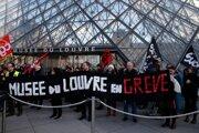 Louvre zatvorili po tom, ako desiatky demonštrantov zatarasili vchod v rámci protestu proti vládnej dôchodkovej reforme.
