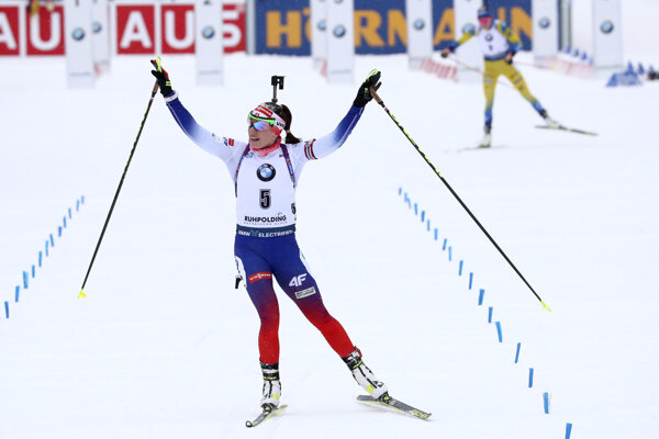 Paulína Fialková v stíhacích pretekoch v Ruhpoldingu 2020.