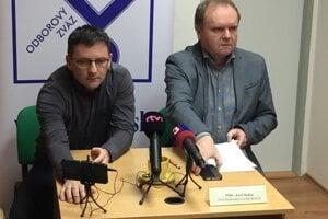 Odboroví predáci. Vľavo Ján Šlauka, vpravo Jozef Balica.