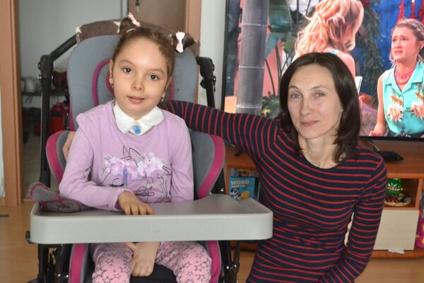 Nikolka a jej mamička Vlasta.