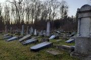 Židovský cintorín v Námestove, ktorý v polovici decembra minulého roka poškodili vandali.