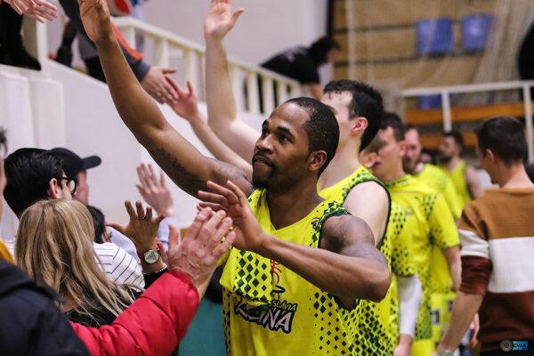 Žilinskí basketbalisti potešili svojich fanúšikov výhrou nad favoritom. Ilustračné foto.
