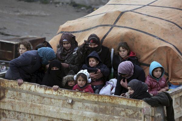Sýrski utečenci opustili Libanon po narastajúcom napätí