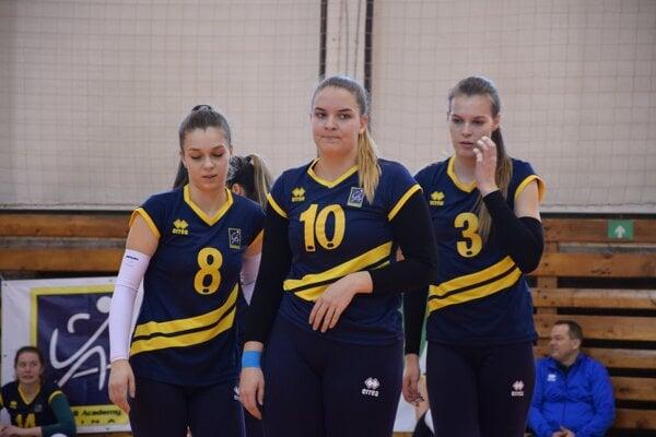 Volejbalistky Žiliny odohrali so Zvolenom dva päťsetové zápasy.