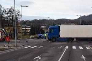 Križovatka na ktorej sa sta vážna dopravná nehoda