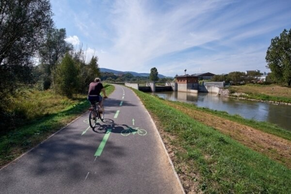 V Starej Ľubovni plánujú vybudovať novú cyklotrasu, pribudnú aj stojany a prístrešky na bicykle.