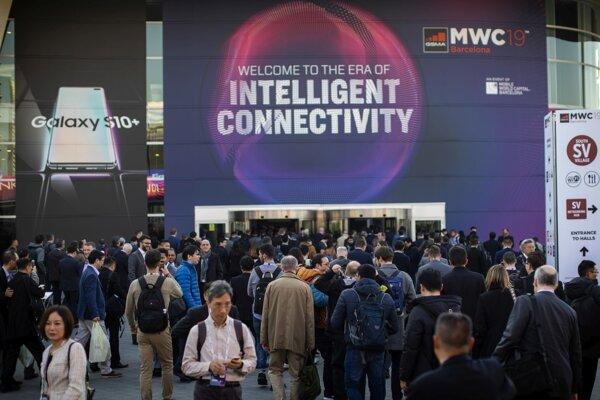 Návštevníci Mobile World Congress minulý rok.