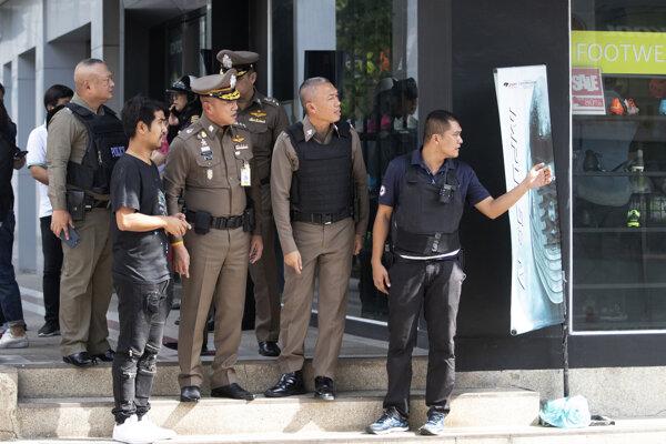 Policajti v Bangkoku