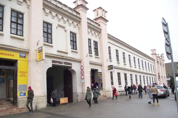 Mestská tržnica v centre Nitry.