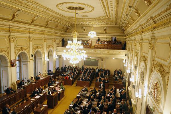 Poslanecká snemovňa Parlamentu ČR.