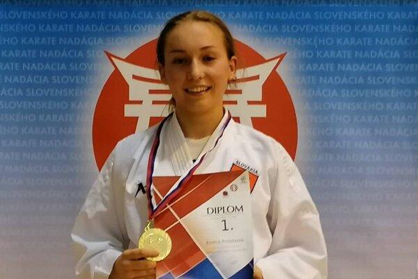 Emma Podobová.