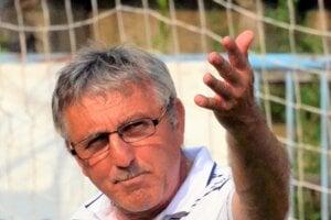 Tréner Jozef Šino.