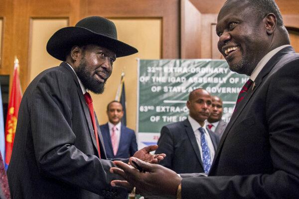 Vodca opozície a viceprezident Riek Machar a prezident Salva Kii.