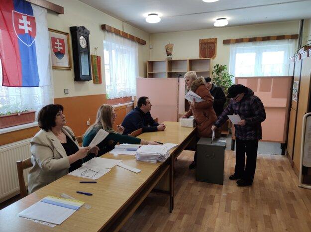 Voľby do NR SR v Oravskej Porube.
