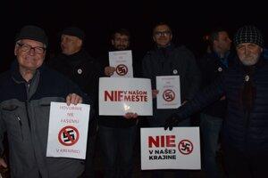 Protest pred mítingom ĽS NS v Kremnici.