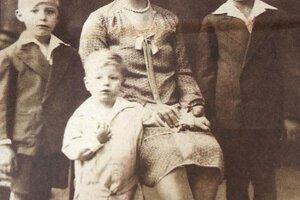 Manželka Matiasa Belavi s deťmi.