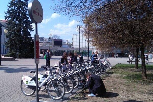 Lučenec má byť prvým mestom v Banskobystrickom kraji s bikesharingom.