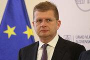 Podpredsedovi Smeru Petrovi Žigovi sa nepáči spojenectvo dvoch poslancov Smeru s kotlebovcami.