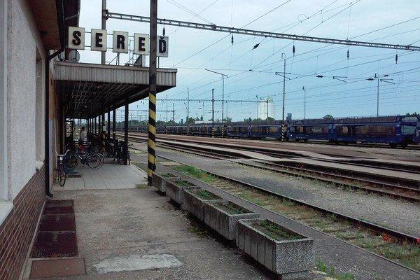 Železničná stanica v Seredi.