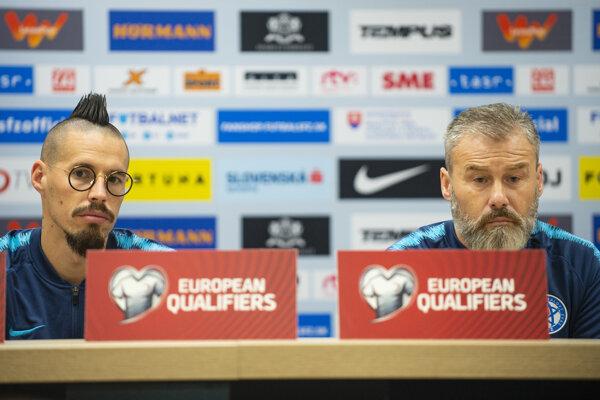 Marek Hamšík a tréner slovenskej reprezentácie Pavel Hapal.