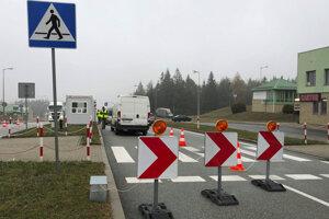 Hraničný priechod Vyšný Komárnik.