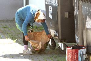 Na Slovensku sú ohrozené aj rodiny, ktoré žijú v generačnej chudobe.