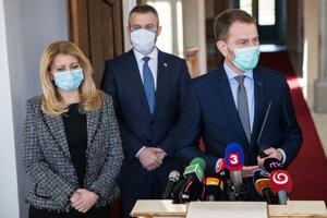 Predseda vlády SR Peter Pellegrini, prezidentka SR Zuzana Čaputová a predseda hnutia OĽaNO Igor Matovič.