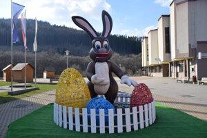 Veľkonočný zajac v Krásne nad Kysucou.