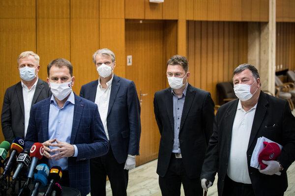 Matovič predstavil členov permanentného krízového výboru.