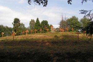 Areál vojnového cintorína na Hodošíku.