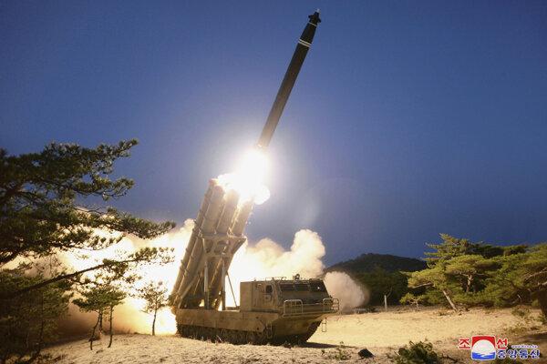 Severokórejský raketový test.